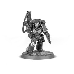 Space Marines Primaris Lieutenant with Bolt Rifle